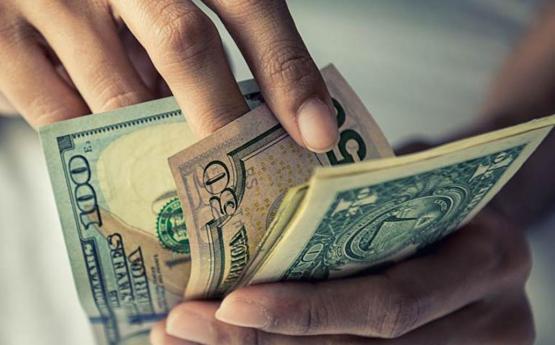 Tipo de cambio: Precio del dólar sube ante posiciones ligeras de bancos locales